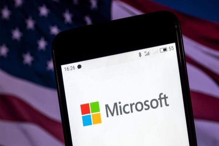 مايكروسوفت تدافع عن تعاونها مع وزارة الدفاع الأميركية