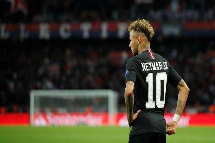 إيقاف نيمار لثلاث مباريات في أبطال أوروبا