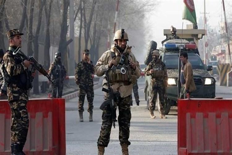 مقتل 37 شرطياً في هجوم لحركة طالبان بأفغانستان