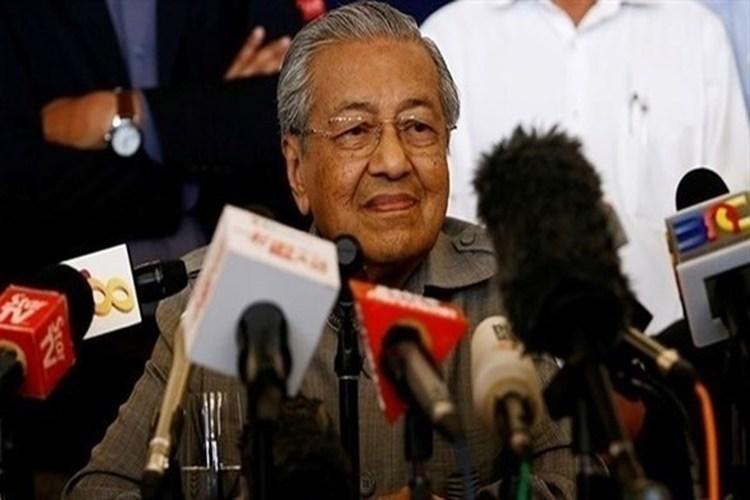مهاتير محمد ينتقد زعيمة ميانمار بسبب الروهينجا