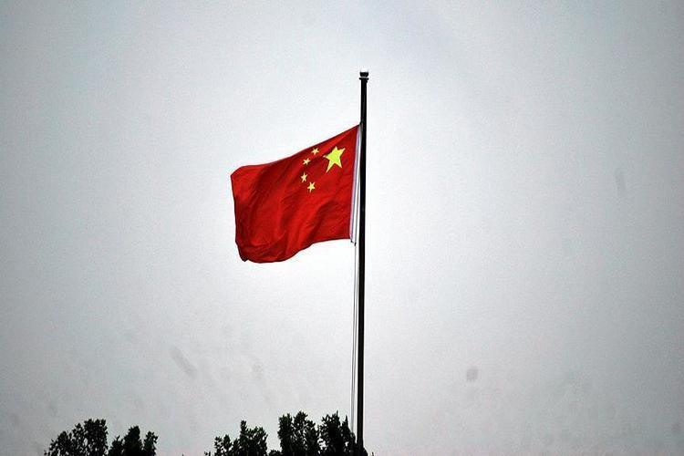 الصين تنتقد أمريكا لاتهامها بسرقة تكنولوجيا لشركات