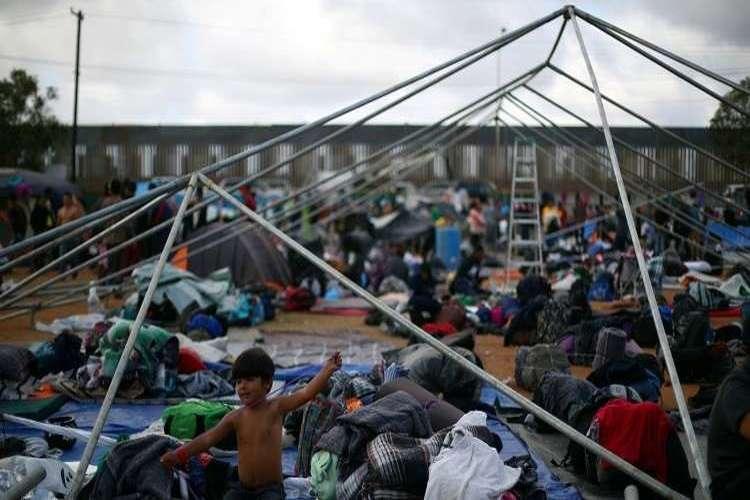 الرئيس الأمريكي ترامب يهدد يإغلاق الحدود مع المكسيك