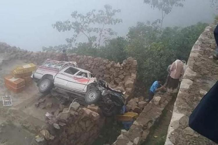 وفاة وإصابة 15 شخصاً بحادث مروري مأساوي في ريمة