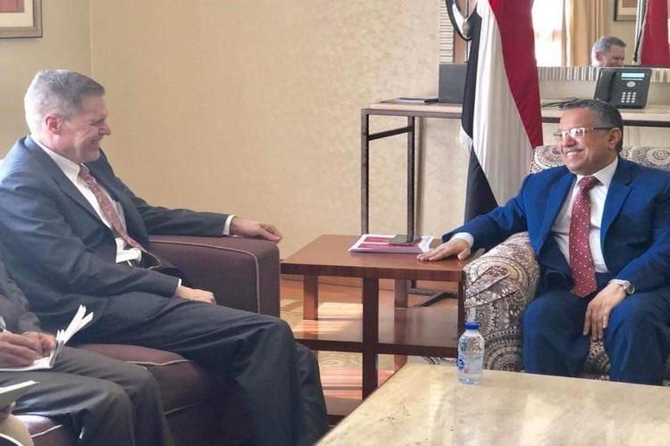 سكرتير بن دغر ينفي شائعات حول تفاصيل لقائه مع السفير الأمريكي