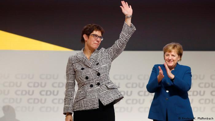 ألمانيا: انتخاب كرامب كارنباور رئيسةً للحزب المسيحي الديمقراطي خلفاً لميركل