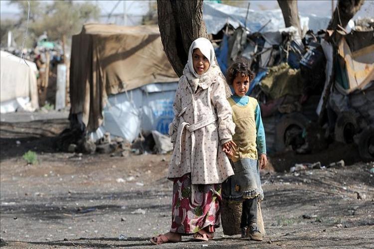أطفال في مخيمات نازحين في اليمن
