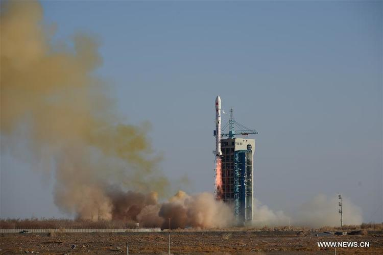 الصين تطلق ستة أقمار صناعية لدراسة بيئة الغلاف الجوي