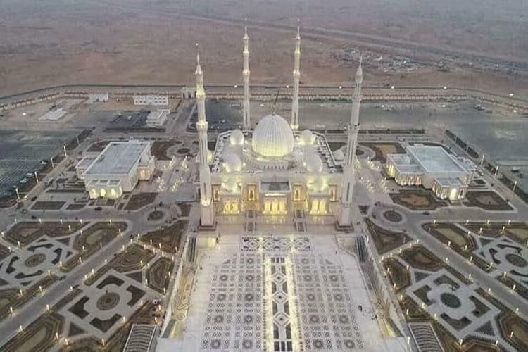 بالصور.. تعرف على أضخم مسجد في العالم سيتم افتتاحه بالقاهرة