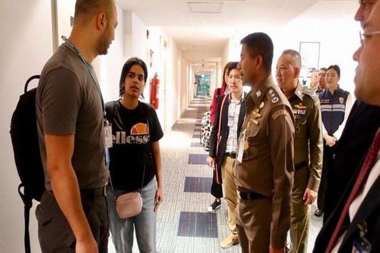 السفارة السعودية في بانكوك تصدر بياناً بشأن الفتاة طالبة اللجوء