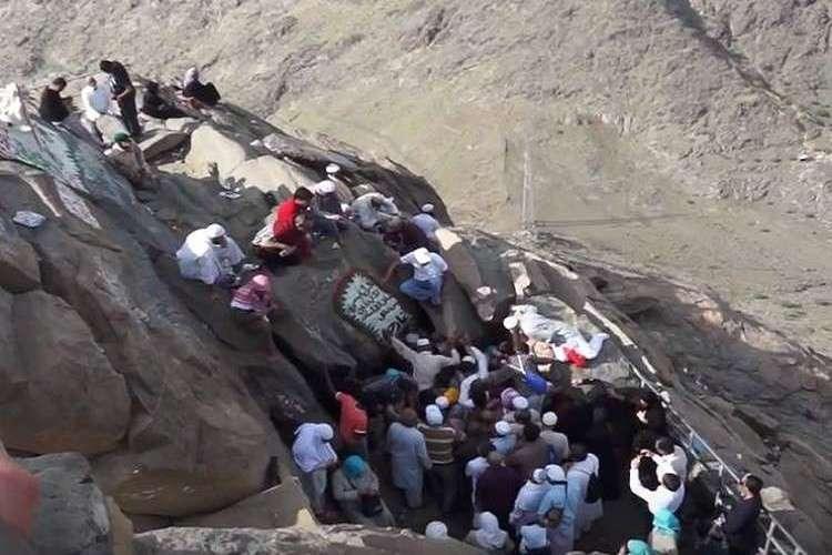 مكة: مقتل معتمرة بحجر وقع في رأسها عند غار حراء