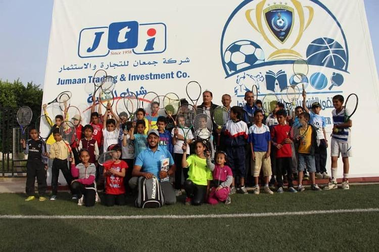 جمعان والصرمي يدشنان منافسات التنس بملتقى وحدة صنعاء الشتوي.. صور