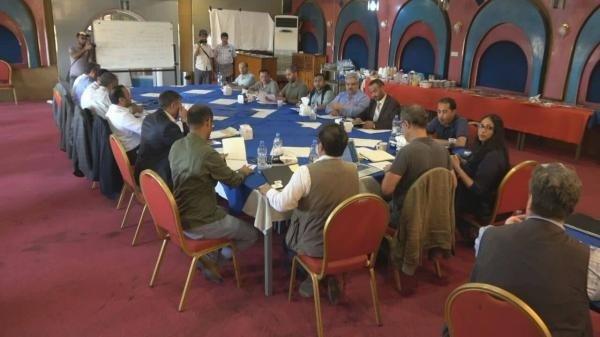 لجنة إعادة الانتشار في الحديدة تواصل الاجتماع في السفينة