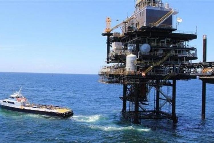 مصر تطرح مزايدة للتنقيب عن النفط في البحر الأحمر