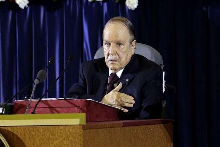 رسمياً.. الرئيس الجزائري عبد العزيز بوتفليقة يعلن استقالته