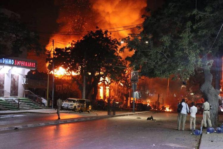 الصومال: مقتل 15 شخصاً وإصابة 22 بانفجار سيارة مفخخة في مقديشو