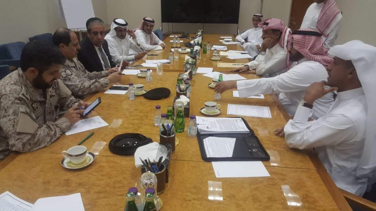 معياد يعلن اتفاقاً بتحويل دعم السعودية ورواتب التحالف عبر المركزي اليمني