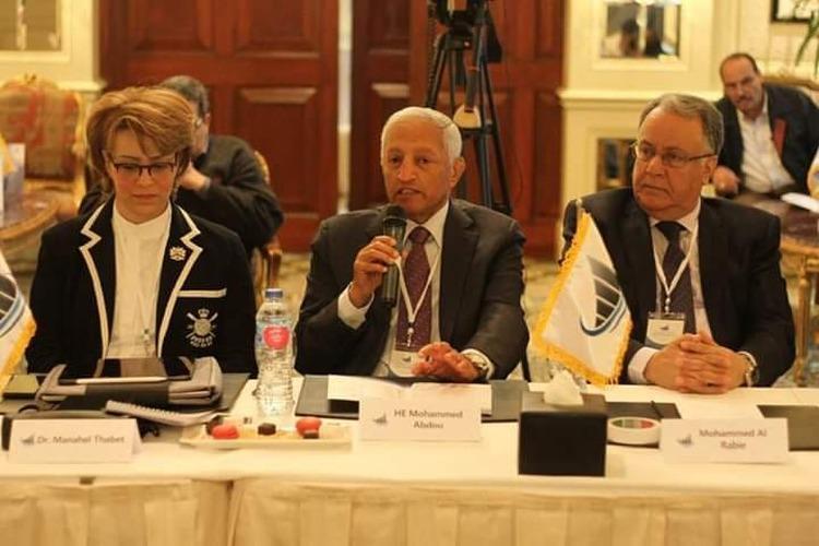انطلاق ملتقى القيادات الاقتصادية لبحث إعادة إعمار اليمن في القاهرة
