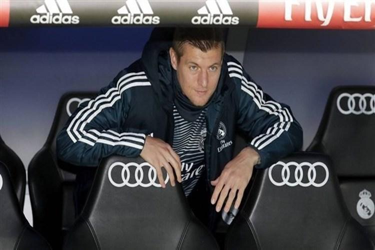 توني كروس ينفي رحيله من ريال مدريد