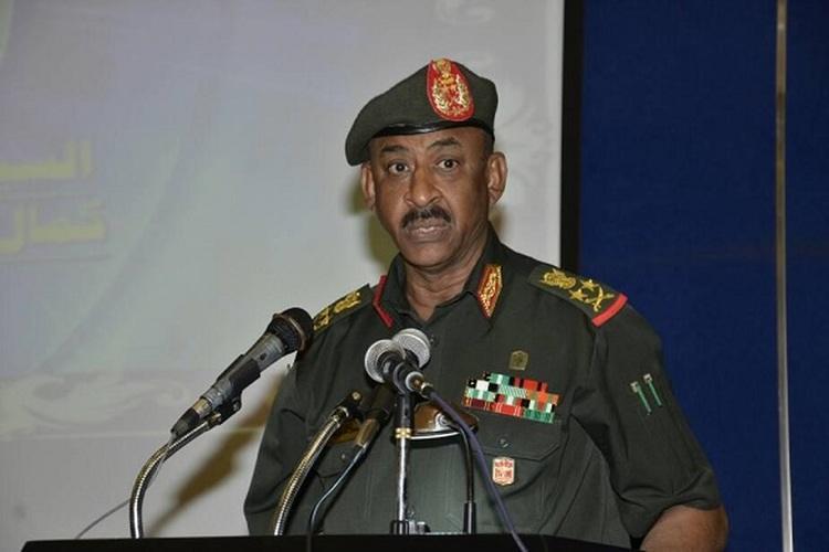 رئيس أركان الجيش السوداني الفريق كمال عبد المعروف الماحي
