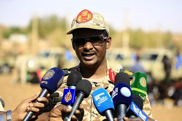 رئيس قوات الدعم السريع محمد حمدان دقلو (حميدتي)