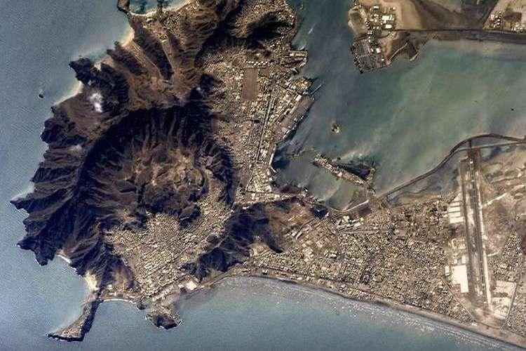 روسيا تنشر صورة فضائية نادرة لمدينة عدن اليمنية