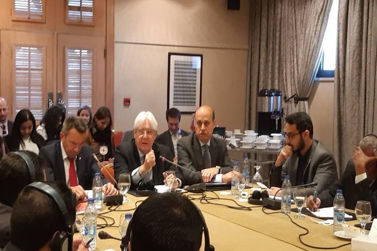 مكتب المبعوث الأممي خلال اجتماع سابق حول اليمن في الأردن