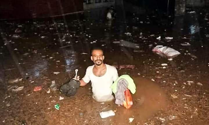 بالفيديو.. أمطار غزيرة تغرق شوارع عدن وتخلف أضراراً وأنباء عن وفيات