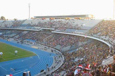 استاد القاهرة الذي يستضيف مباراة الجزائر والسنغال في ختام أمم أفريقيا