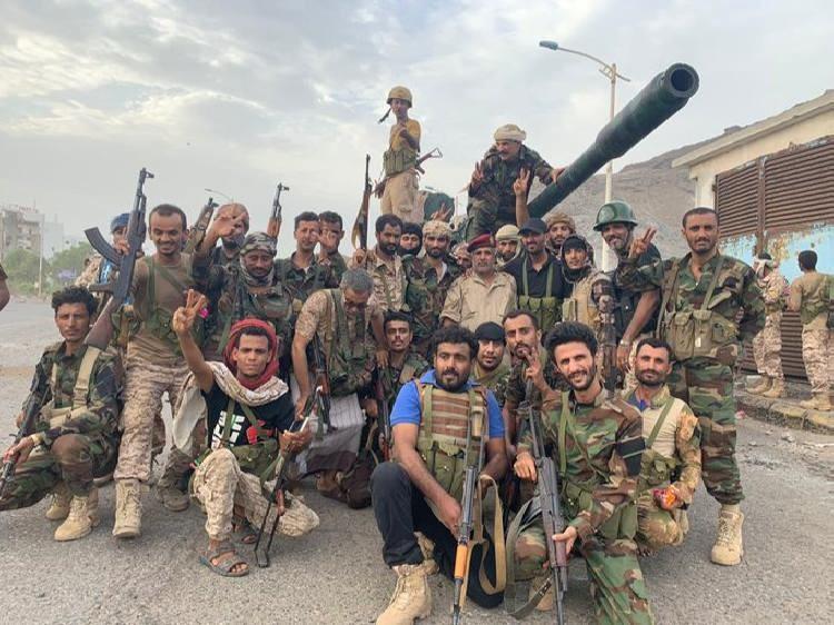 قوات المجلس الانتقالي تسيطر في عدن بعد تساقط واستسلام ألوية الحماية الرئاسية