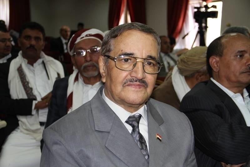 الإعلامي اليمني الراحل أحمد الذهباني