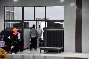 الإمارات تسير رحلات بين مطار الريان في المكلا وجزيرة سقطرى شرقي اليمن