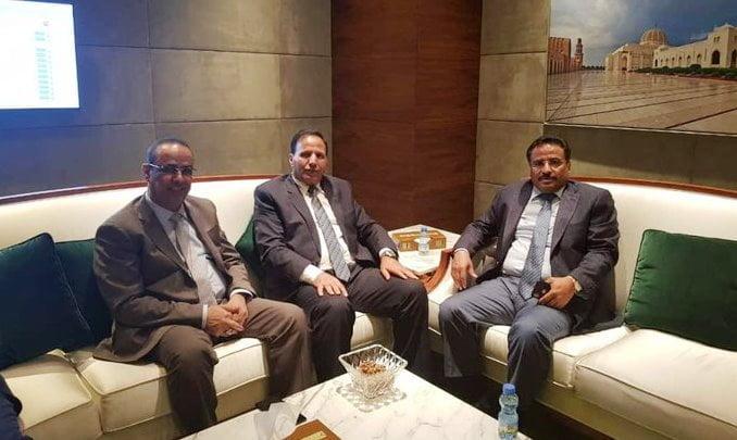 الجبواني يكشف حقيقة عقد لقاء مع وفد الحوثيين في مسقط