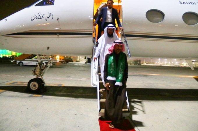 بالفيديو والصور – قصة ناصر الذروي عاد السعودية بعد احتجاز 4 سنوات في اليمن