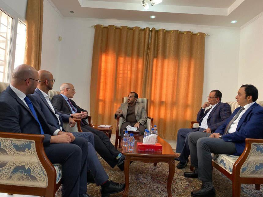 وفد الحوثيين لسفير بريطانيا: هذا تقييمنا للاستجابة مع مبادرة المشاط