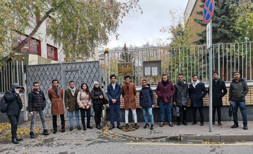 أزمة مستحقات المبتعثين: اعتقال طلاب بروسيا وتحويل الربع الثاني ووقفة بماليزيا