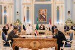 توقيع اتفاق الرياض بين الحكومة والانتقالي بحضور هادي وبن سلمان وبن زايد