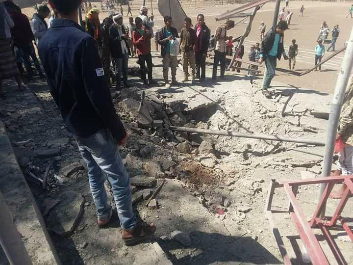 سقوط صاروخ باليستي في ملعب الصمود في الضالع