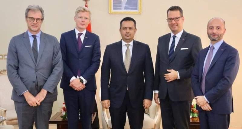 سفراء الاتحاد الأوروبي لدى اليمن خلال زيارة إلى عدن قبل صنعاء