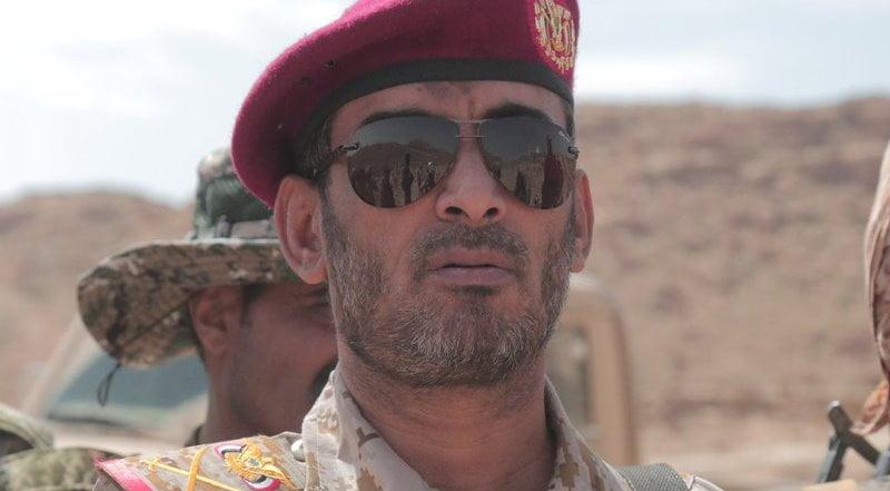 الفريق صغير بن عزيز رئيس الأركان العامة في اليمن