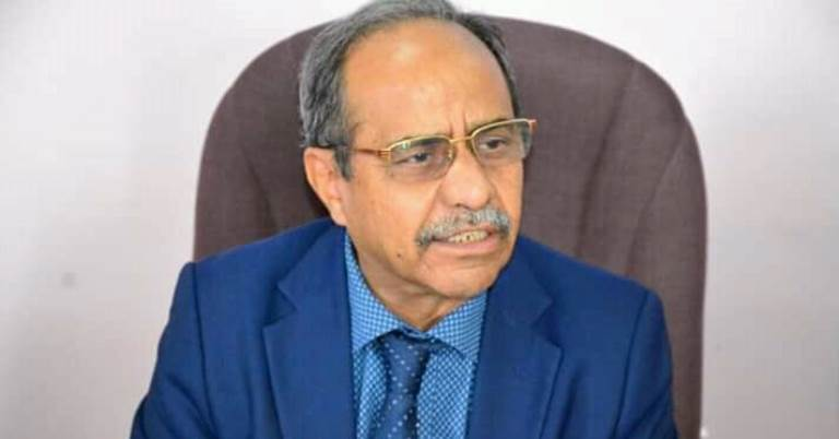 وزير التعليم العالي والبحث العلمي حسين باسلامة