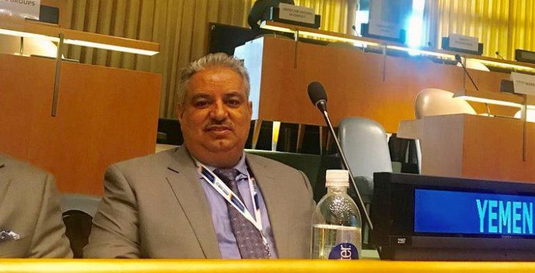 اللواء محمد عيضة رئيس الفريق الحكومي لجنة الحديدة
