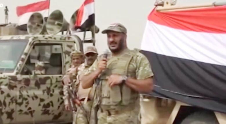 العميد طارق صالح قائد قوات المقاومة الوطنية