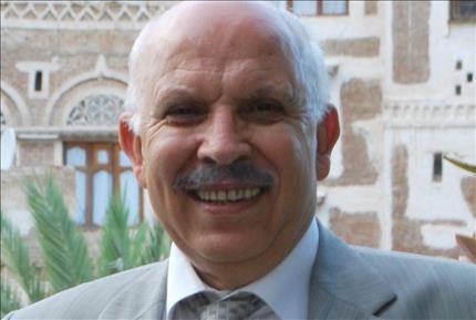 تحية لعبدالعزيز عبدالغني في الذكرى التاسعة لاستشهاده