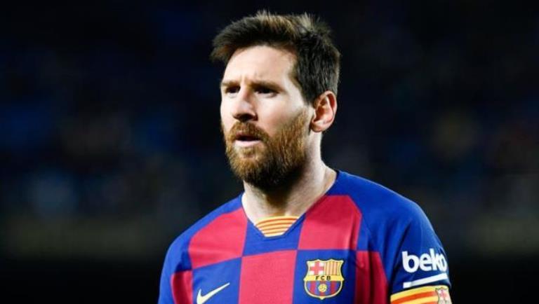 كيكي سيتين يعلق على فكرة رحيل ميسي عن برشلونة