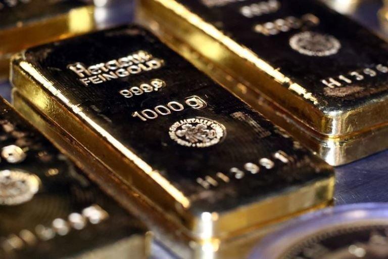 لأول مرة منذ 2011.. الذهب يتجاوز 1800 دولار للأوقية
