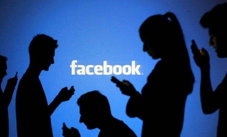 """""""فيس بوك"""" تدرس حظر الإعلانات السياسية"""