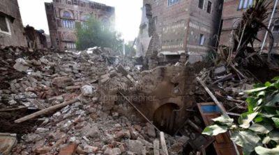 ركام منزل البردوني في صنعاء القديمة جراء الأمطار