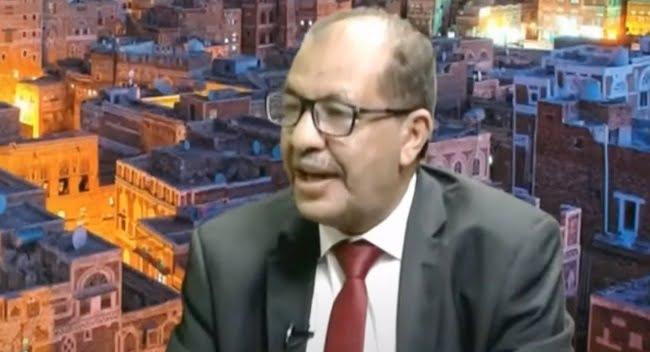 العواضي يفند المزاعم الإعلامية حول الأطماع السعودية في اليمن