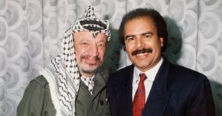 قصة بقاء الزعيم الفلسطيني الراحل ياسر عرفات في صنعاء