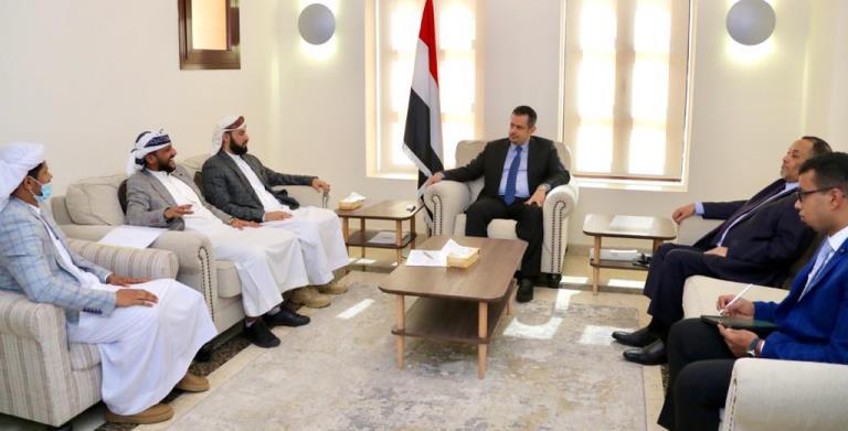 معين عبدالملك في لقاء قيادات المقاومة الجنوبية حول اتفاق الرياض